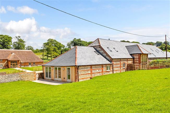 Guide Price £894,500, 3 Bedroom House For Sale in Twyford, Hampshire, SO21