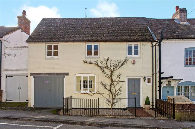 Guide Price £800,000, 3 Bedroom House For Sale in Winchester, Hampshire, SO21