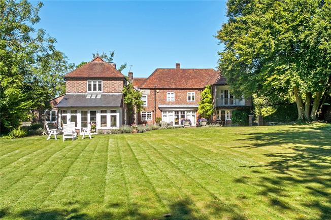 Guide Price £1,850,000, 6 Bedroom Detached House For Sale in Ropley, SO24