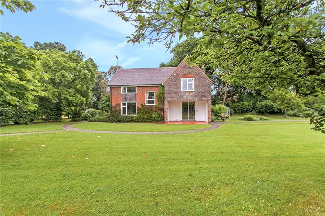 Offers in excess of £700,000, 3 Bedroom Detached House For Sale in Upham, SO32