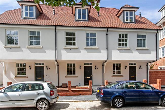 Guide Price £679,950, 3 Bedroom Terraced House For Sale in Hampshire, SO23