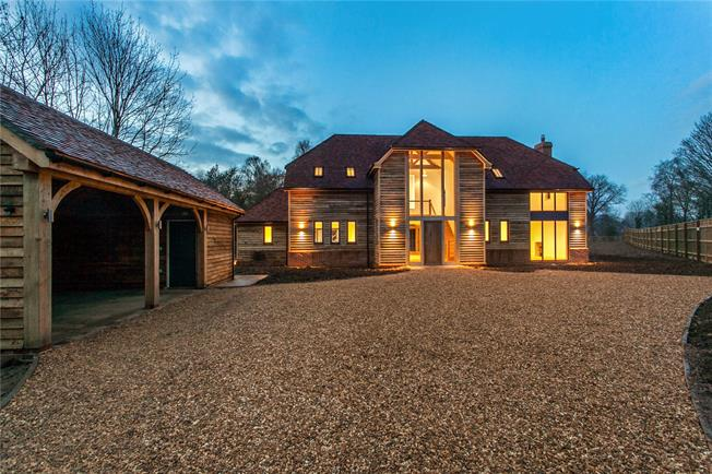 Guide Price £1,295,000, 4 Bedroom Detached House For Sale in Highbridge, SO50