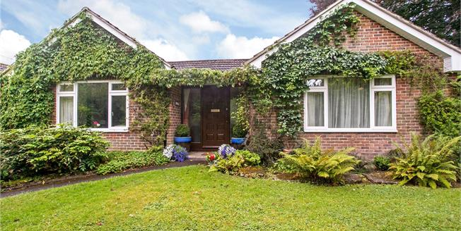 Guide Price £750,000, 4 Bedroom Detached House For Sale in Hampshire, SO22