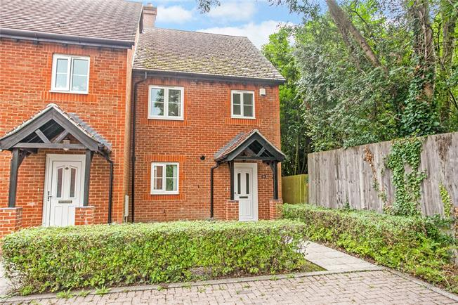 Guide Price £350,000, 3 Bedroom Semi Detached House For Sale in Winchester, Hampshire, SO21