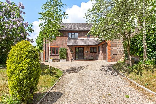 Guide Price £820,000, 5 Bedroom Detached House For Sale in Alresford, Hampshire, SO24