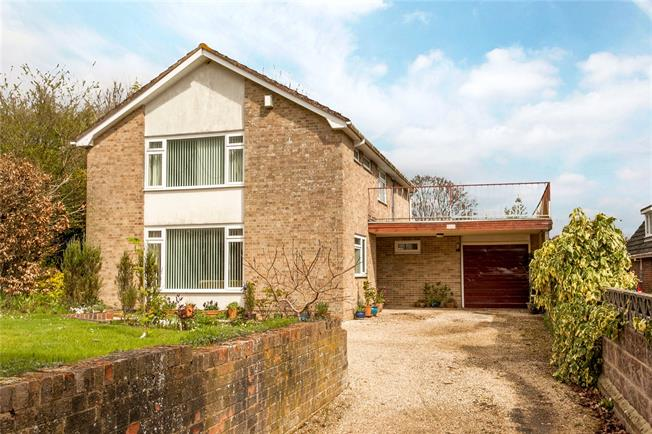 Guide Price £795,000, 4 Bedroom Detached House For Sale in Winchester, Hampshire, SO22