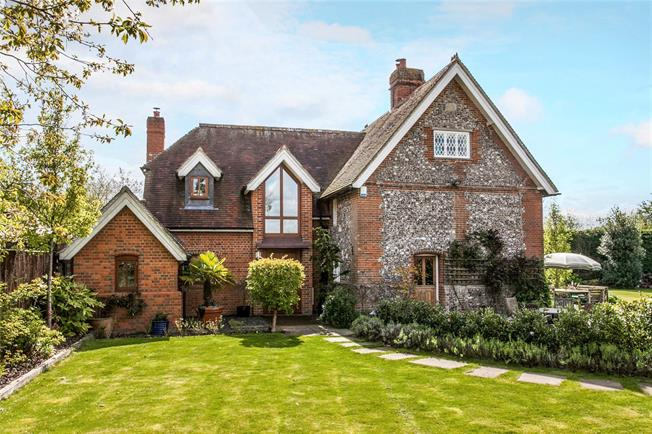 Guide Price £1,195,000, 5 Bedroom Detached House For Sale in Winchester, Hampshire, SO21