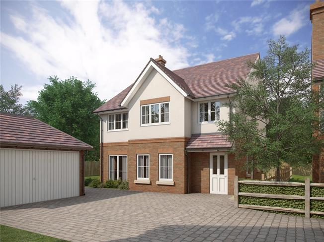 Guide Price £699,950, 4 Bedroom Detached House For Sale in Corhampton, SO32