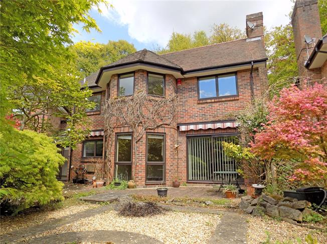 Guide Price £685,000, 4 Bedroom Detached House For Sale in Hampshire, SO22