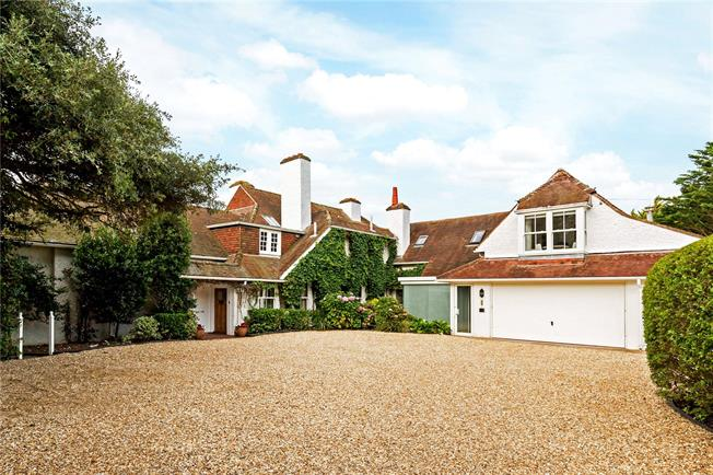 Guide Price £1,900,000, 5 Bedroom Detached House For Sale in Lee-on-the-Solent, PO13