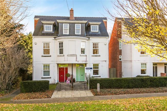 Guide Price £575,000, 4 Bedroom Semi Detached House For Sale in Winchester, Hampshire, SO23