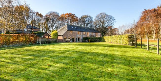 Guide Price £799,950, 3 Bedroom House For Sale in Dummer, RG25
