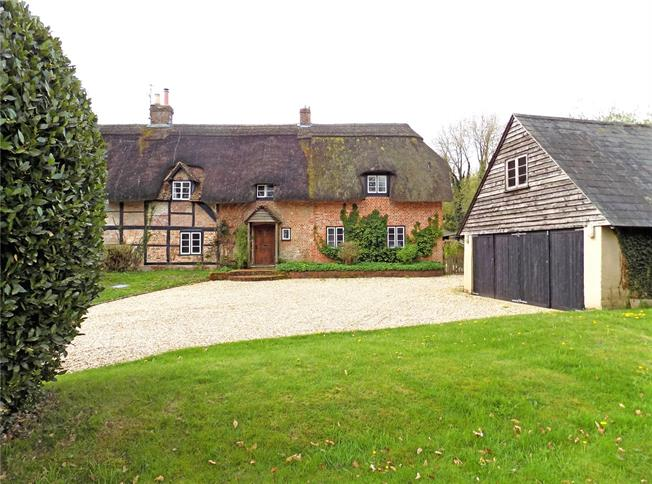 Guide Price £775,000, 4 Bedroom Semi Detached House For Sale in Weston Colley, Winchester, SO21