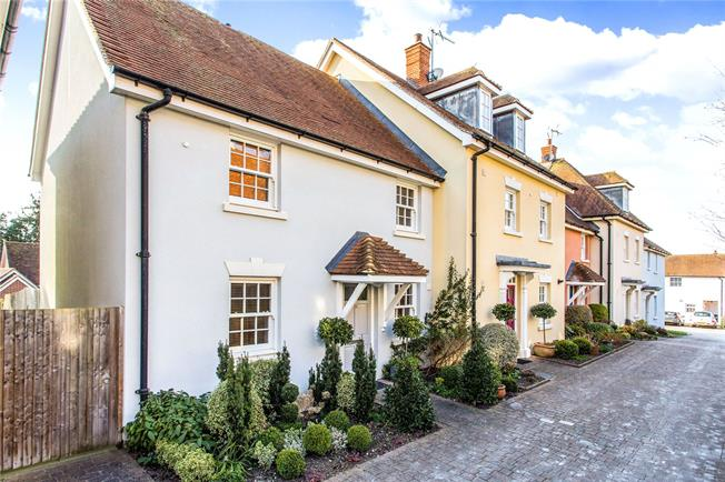 Guide Price £525,000, 2 Bedroom Semi Detached House For Sale in Alresford, SO24