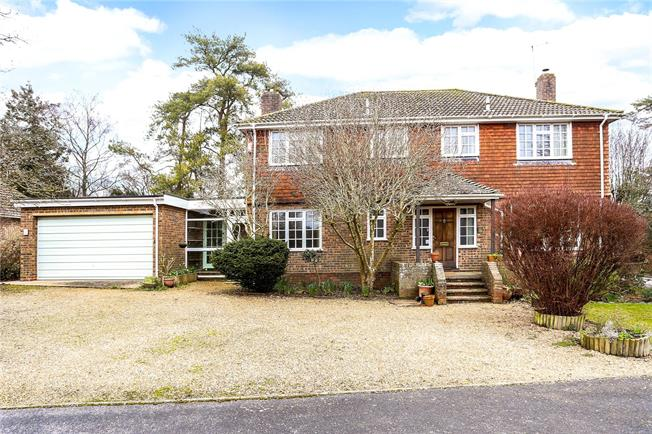 Offers in excess of £850,000, 5 Bedroom Garage For Sale in Winchester, Hampshire, SO22