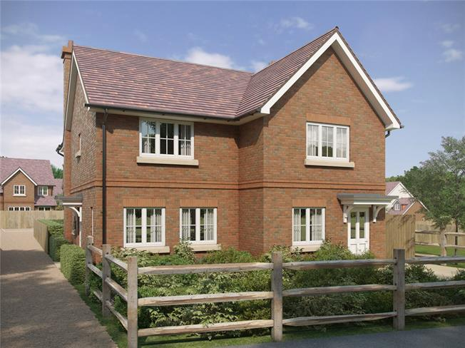 Guide Price £325,000, 2 Bedroom Semi Detached House For Sale in Corhampton, SO32