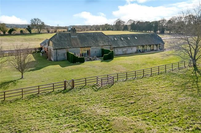 Guide Price £1,695,000, 4 Bedroom House For Sale in Hampshire, SO24