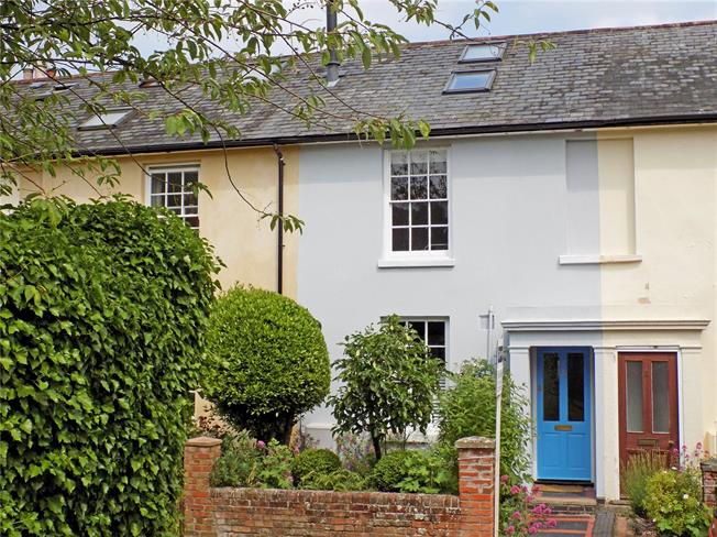 Guide Price £650,000, 3 Bedroom Terraced House For Sale in Winchester, SO22