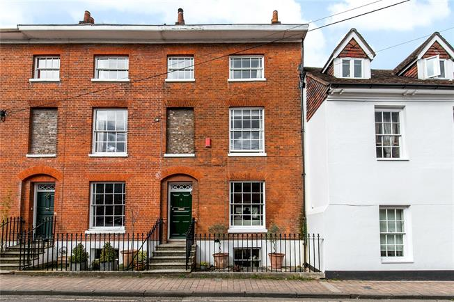 Guide Price £1,175,000, 4 Bedroom Terraced House For Sale in Hampshire, SO23