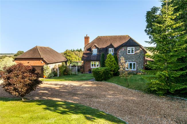 Guide Price £1,000,000, 4 Bedroom Detached House For Sale in Ropley, SO24
