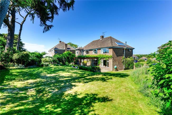 Guide Price £725,000, 5 Bedroom Detached House For Sale in Goodworth Clatford, SP11
