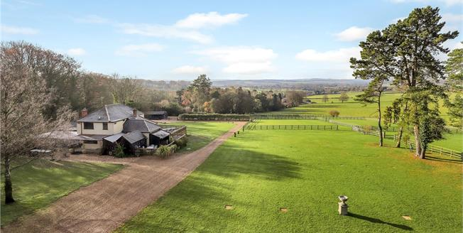 Guide Price £2,000,000, 4 Bedroom Detached House For Sale in Ropley, SO24
