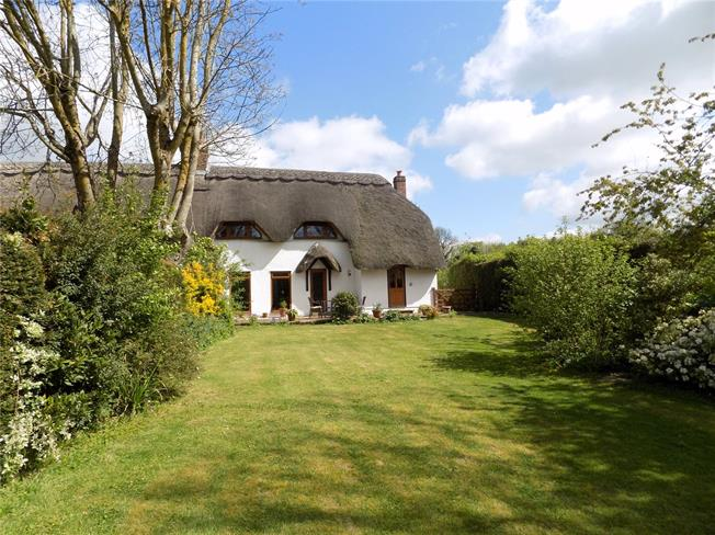Guide Price £595,000, 4 Bedroom Semi Detached House For Sale in Micheldever, SO21