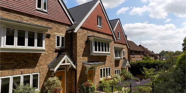 Guide Price £775,000, 4 Bedroom Terraced House For Sale in Winchester, SO22