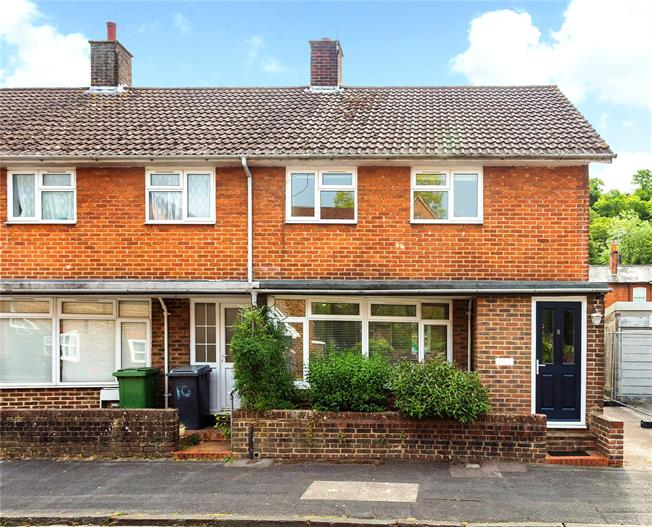 Offers in excess of £450,000, 3 Bedroom Semi Detached House For Sale in Hampshire, SO23