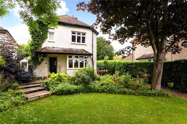 Guide Price £650,000, 4 Bedroom Detached House For Sale in Twyford, SO21