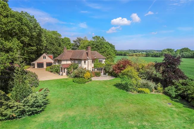Guide Price £1,500,000, 6 Bedroom Detached House For Sale in Wickham, PO17
