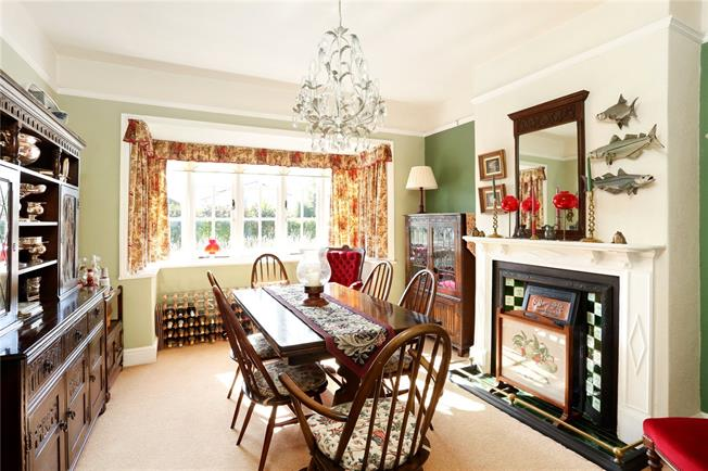Guide Price £925,000, 4 Bedroom Detached House For Sale in Hampshire, SO24