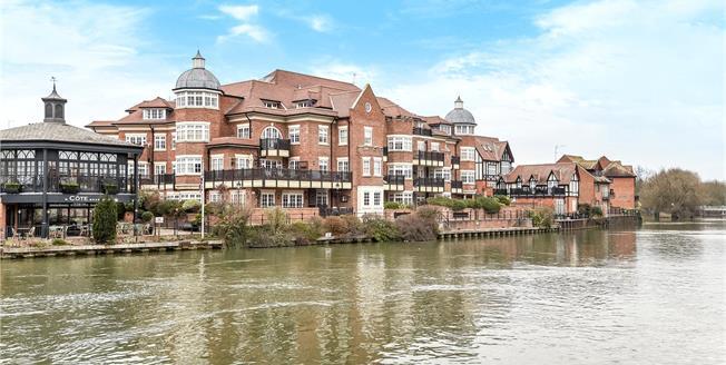 Guide Price £1,350,000, 3 Bedroom Flat For Sale in Eton, SL4