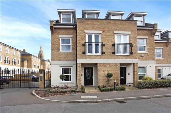 Guide Price £900,000, 3 Bedroom Terraced House For Sale in Berkshire, SL4