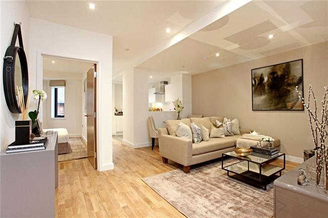 Guide Price £399,950, 1 Bedroom Flat For Sale in Windsor, SL4