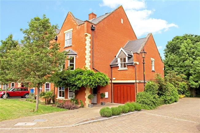 Guide Price £975,000, 4 Bedroom Semi Detached House For Sale in Windsor, SL4