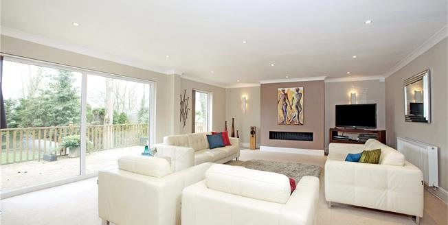 Guide Price £1,395,000, 4 Bedroom Detached House For Sale in Berkshire, SL4