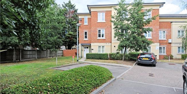 Guide Price £289,950, 1 Bedroom Flat For Sale in Berkshire, SL4