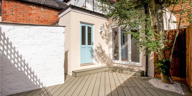 Guide Price £612,500, 4 Bedroom Terraced House For Sale in Eton, SL4