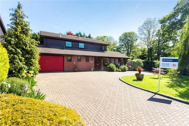 Guide Price £1,300,000, 5 Bedroom Detached House For Sale in Berkshire, SL4