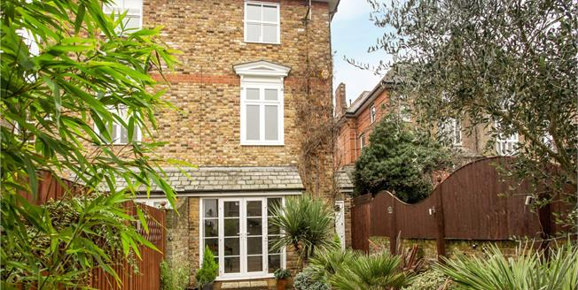 Guide Price £850,000, 4 Bedroom Semi Detached House For Sale in Windsor, SL4