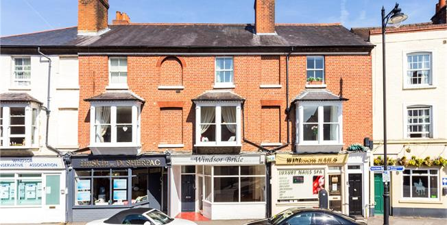 Offers in excess of £420,000, 2 Bedroom Flat For Sale in Windsor, SL4