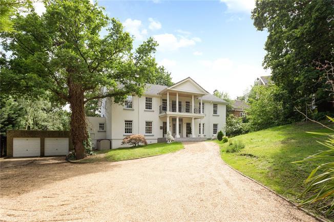 Guide Price £1,695,000, 4 Bedroom Detached House For Sale in Windsor, SL4