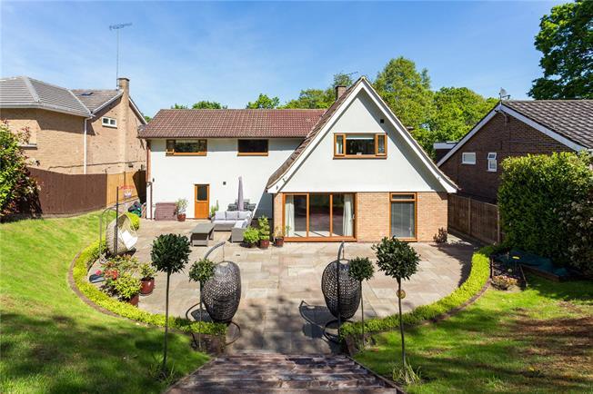 Offers in excess of £1,000,000, 4 Bedroom Garage For Sale in Windsor, SL4
