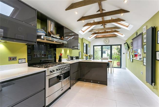 Guide Price £875,000, 4 Bedroom Semi Detached House For Sale in Datchet, SL3