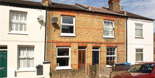 Guide Price £465,000, 2 Bedroom Terraced House For Sale in Windsor, SL4