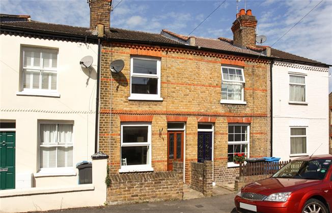 Guide Price £460,000, 2 Bedroom Terraced House For Sale in Windsor, SL4