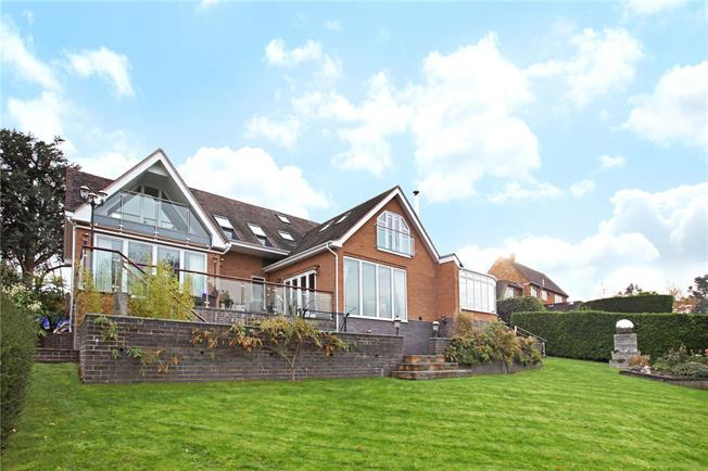 Offers in excess of £1,200,000, 5 Bedroom Detached House For Sale in Stratford-upon-Avon, Warw, CV37