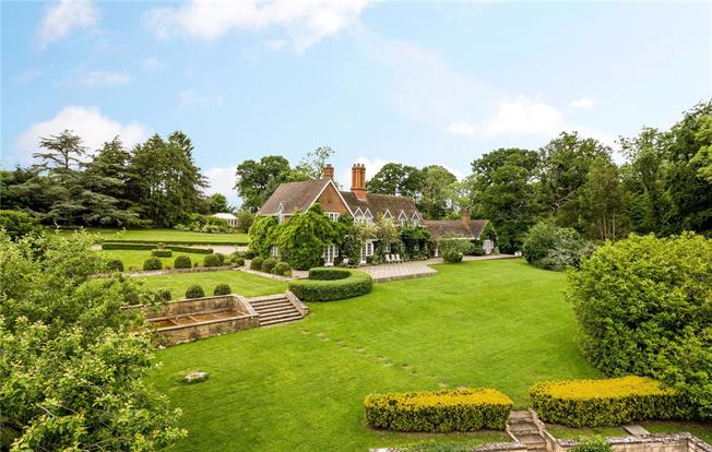 Price on Application, 6 Bedroom Detached House For Sale in Stratford-upon-Avon, CV37
