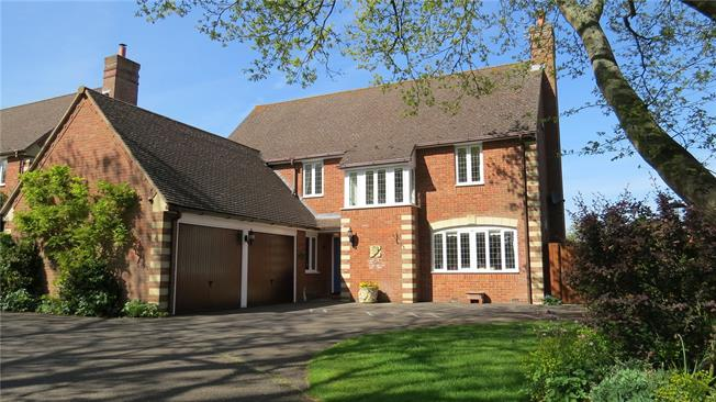 Offers in excess of £695,000, 4 Bedroom Detached House For Sale in Wellesbourne, CV35